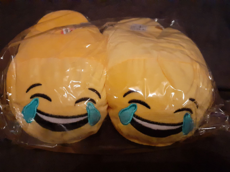 Adult Emoji Slippers ( Laughing ) ( Adult Sizes 6-7 )